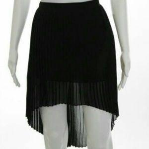 Zara asymmetric pleated skirt sz M